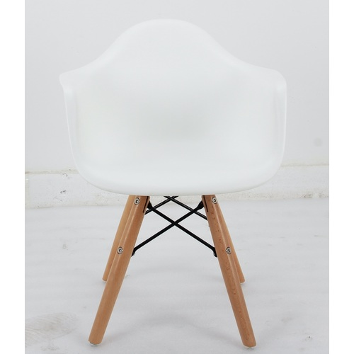 Кресло детское Leon Kids белое 9001 Thexata 2019
