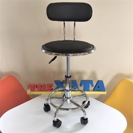 Стул офисный на колесиках Бэйсик черный Thexata с браком!