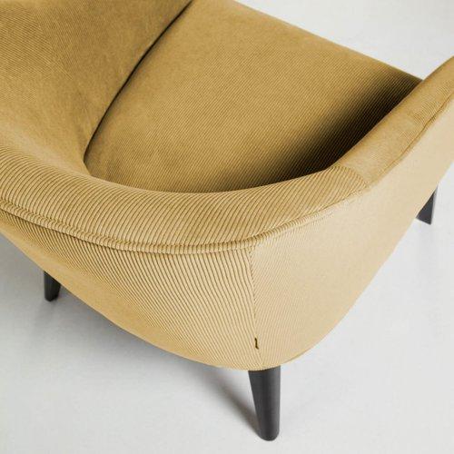 Кресло LOBBY S480PN81 желтый велюр Laforma