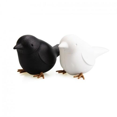 Шейкеры для соли и перца Sparrow Salt&Pepper Qualy чёрно-белые