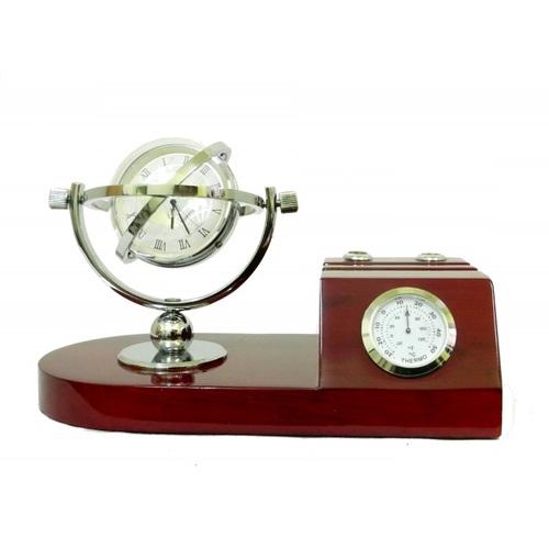 Канцелярские принадлежности: часы в виде глобуса с подставкой под ручки и визитки, часами и т. д. (кп-55)