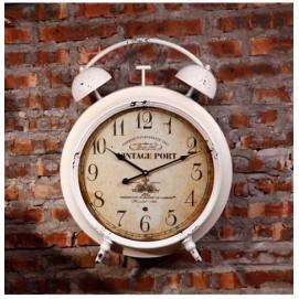 Настенные часы «Старинный будильник» белые Clok