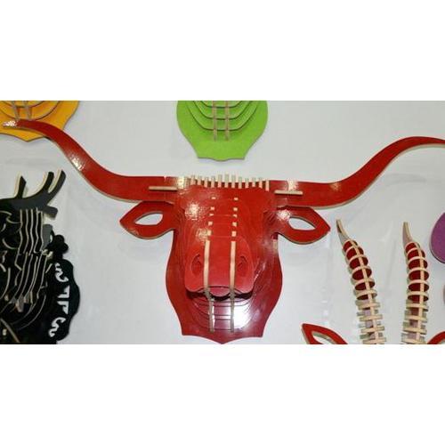 Голова Буйвола красная
