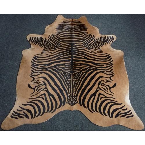 Декоративная шкура коров Зебра 190x222 cm, 9406