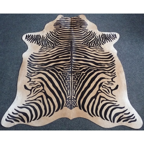 Декоративная шкура коров Зебра 187x200 cm, 9408