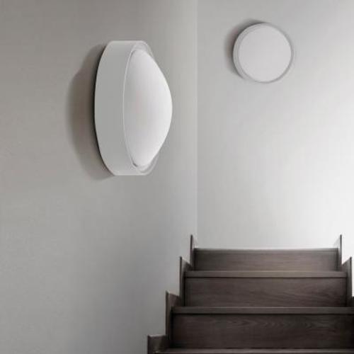 Настенно-потолочный светильник Azzardo Leo M (LW8021-M WH WHITE) белый