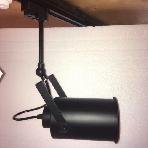 Прожектор на треке 7521208B-1 BK 12 см черный Thexata