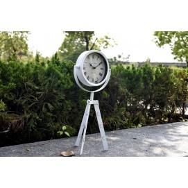 Часы настольные Триножка белые Clock