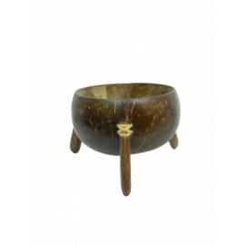 Кокосовое изделие: конфетница на трех ножках (ки-21)