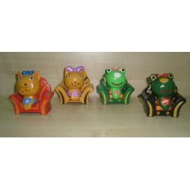 Кот/ жаба в кресле 19121 2014